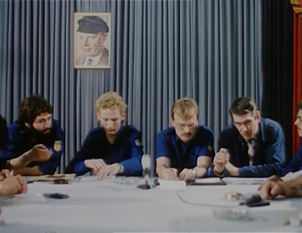 Filmfoto: FDJ-Sitzung in der Karbidfabrik