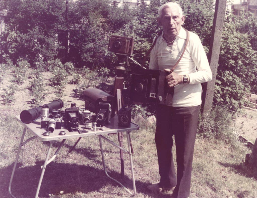 Der Selliner Fotograf 1989 (Foto: Udo Bress)