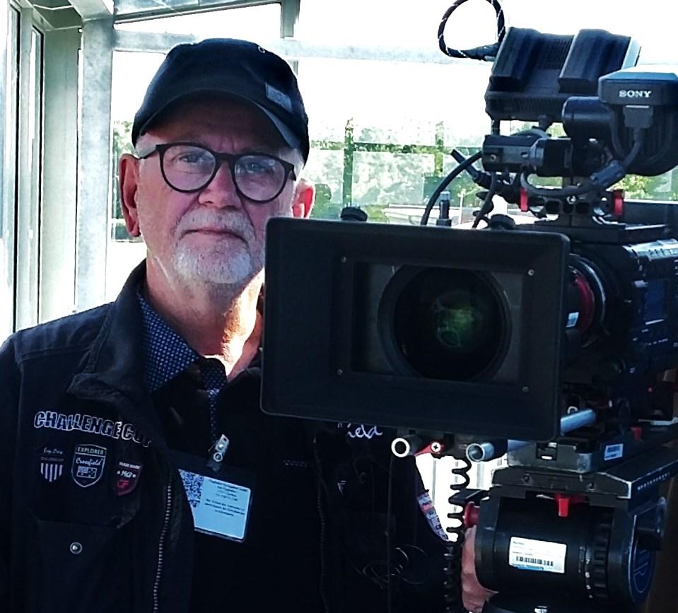 Heinz Brinkmann mit Kamera